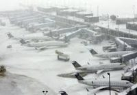 Más de 2 mil 300 vuelos cancelados en Nueva York por tormenta de nieve
