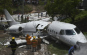Avión se salió de la pista y se partió en dos en Honduras
