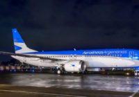 Treinta y un aerolíneas suspenden temporalmente uso de aviones MAX 8
