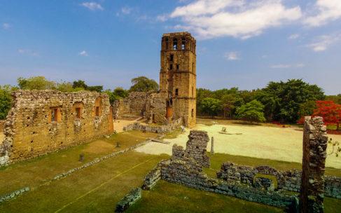 Panamá Viejo se ilumina por sus 500 años de fundada