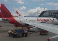 Avianca no tiene problemas financieros y reestructura su red de rutas